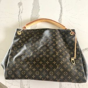 Louis Vuitton Artsy monogram handbag NOT AUTH